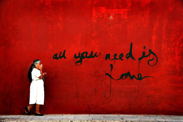 love32 All You Need is Love – 30 Photographs for Valentine's Day