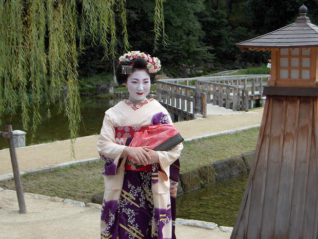 geisha wdm 007 The Life of a Geisha in Art and Photography