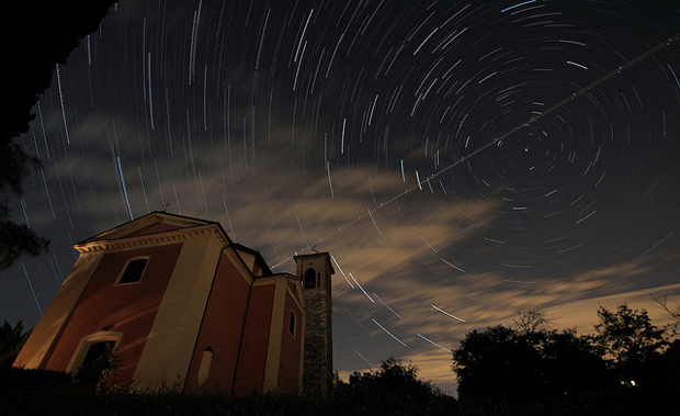 star trails wdm 024 Amazing Photography Shots Capturing Star Trails