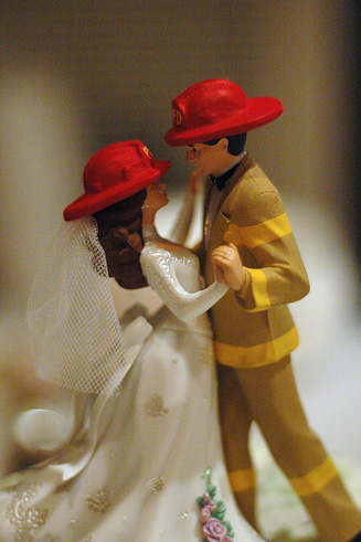 gorgeous cake toppers 12 Gorgeously Designed Cake Toppers