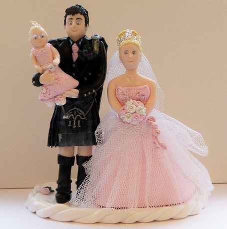 gorgeous cake toppers 13 Gorgeously Designed Cake Toppers
