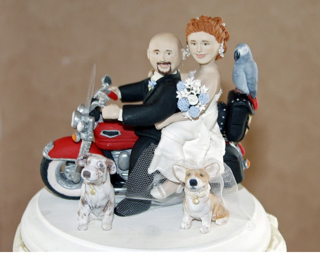 gorgeous cake toppers 42 Gorgeously Designed Cake Toppers