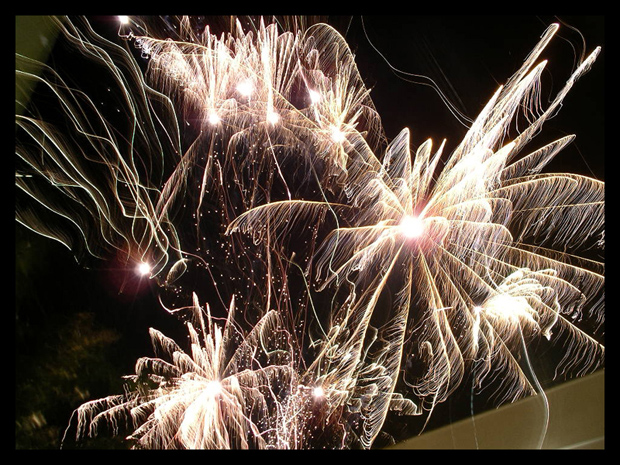 stunning fireworks 27 Spectacular Fireworks Photography