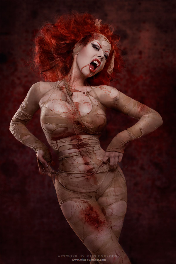 shocking horror photography 06 Shocking Horror and Macabre Photography Part 2